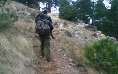 Mit tegyek a hátizsákba ha spanyol kecskére vadászok?